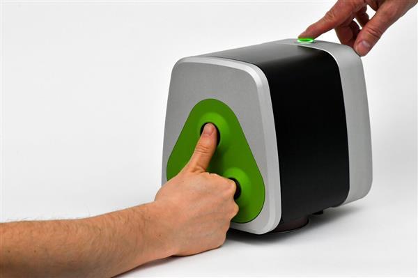 انگشت نگاری سه بعدی با اسکنر دسکتاپ 360 درجه