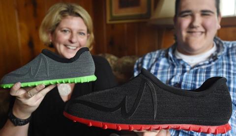 پرینت سه بعدی بزرگترین کفش جهان پرینتر سه بعدی گینس اسکن سه بعدی پا2