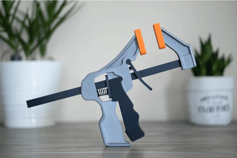 پروژه آخر هفته: پرینت سه بعدی گیرۀ نگهدارنده