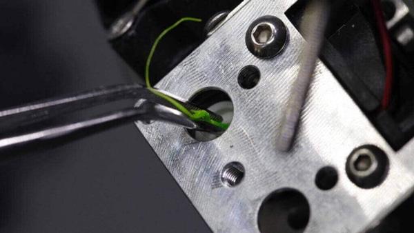 خطای نازل پرینتر سه بعدی چیست و چگونه رفع میشود؟