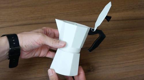 چطور در قوری پرینت سه بعدی شده، قهوه درست کنیم؟