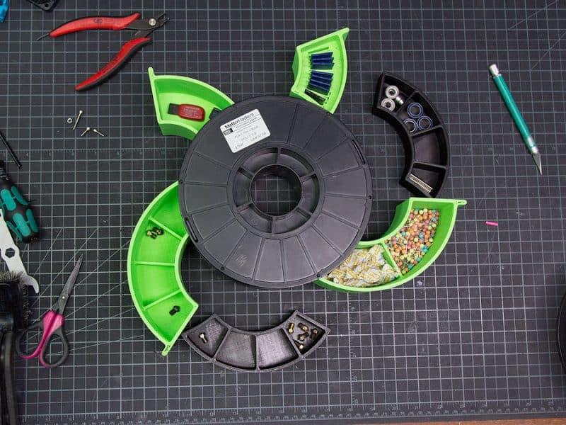 ساخت جعبه ابزار از رولهای بی مصرف فیلامنت